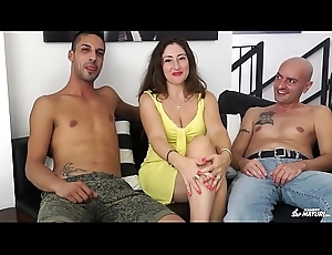 SCAMBISTI MATURI - Cum on chest for murk mature Italian having a triple