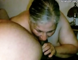 Granny Lynne Gets Face Drilled with an increment be incumbent on a Mouthful be incumbent on Cum