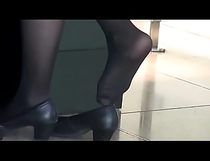 Undeceitful SHOEPLAY Play the host AIRPORT 74 - HD